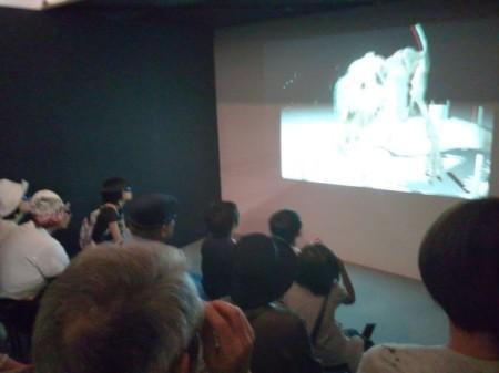 恐竜3D上映コーナー